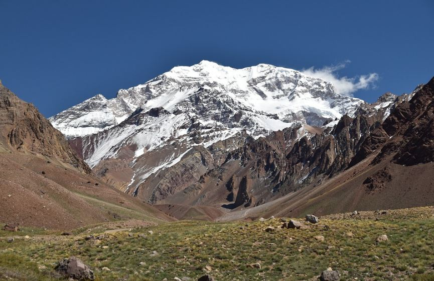 View of the Aconcagua from the entrance of theAconcagua Provincial Park