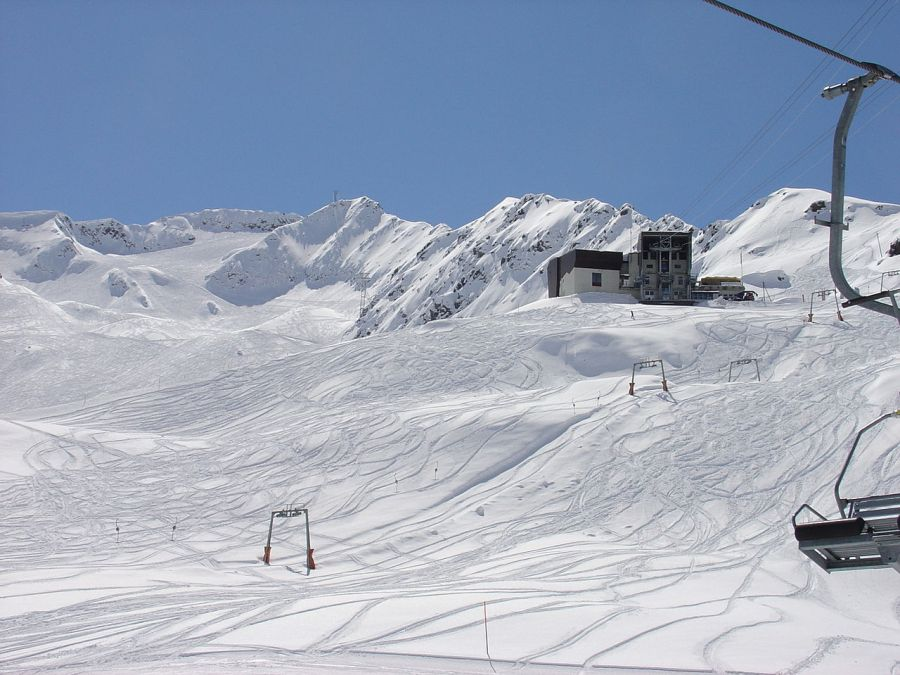 ski area in Gemsstock